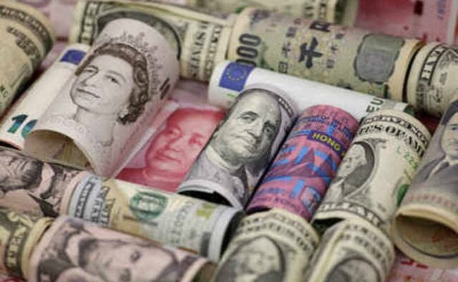 Foreign exchange reserves cross $ 522 billion