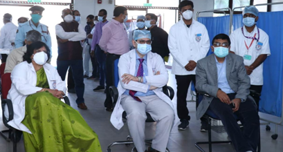 Country-wide corona vaccination campaign launched in five centers of Raipur