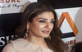 Actress Raveena Tandon arranged 100 oxygen cylinders
