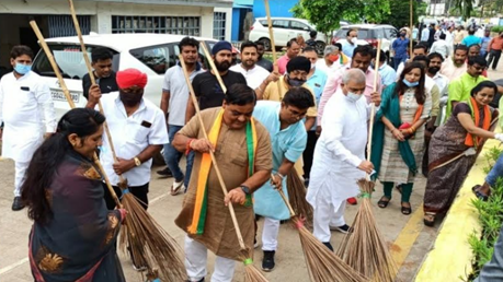 Program of cleanliness, service and dedication on the auspicious occasion of 71st birthday of the country's successful Prime Minister Narendra Modi.
